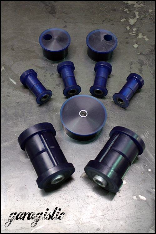 95a-complete-e30-poly-suspension-bushing-kit (1)